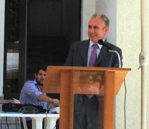 «Ο  Δήμαρχος απευθύνει χαιρετισμό»